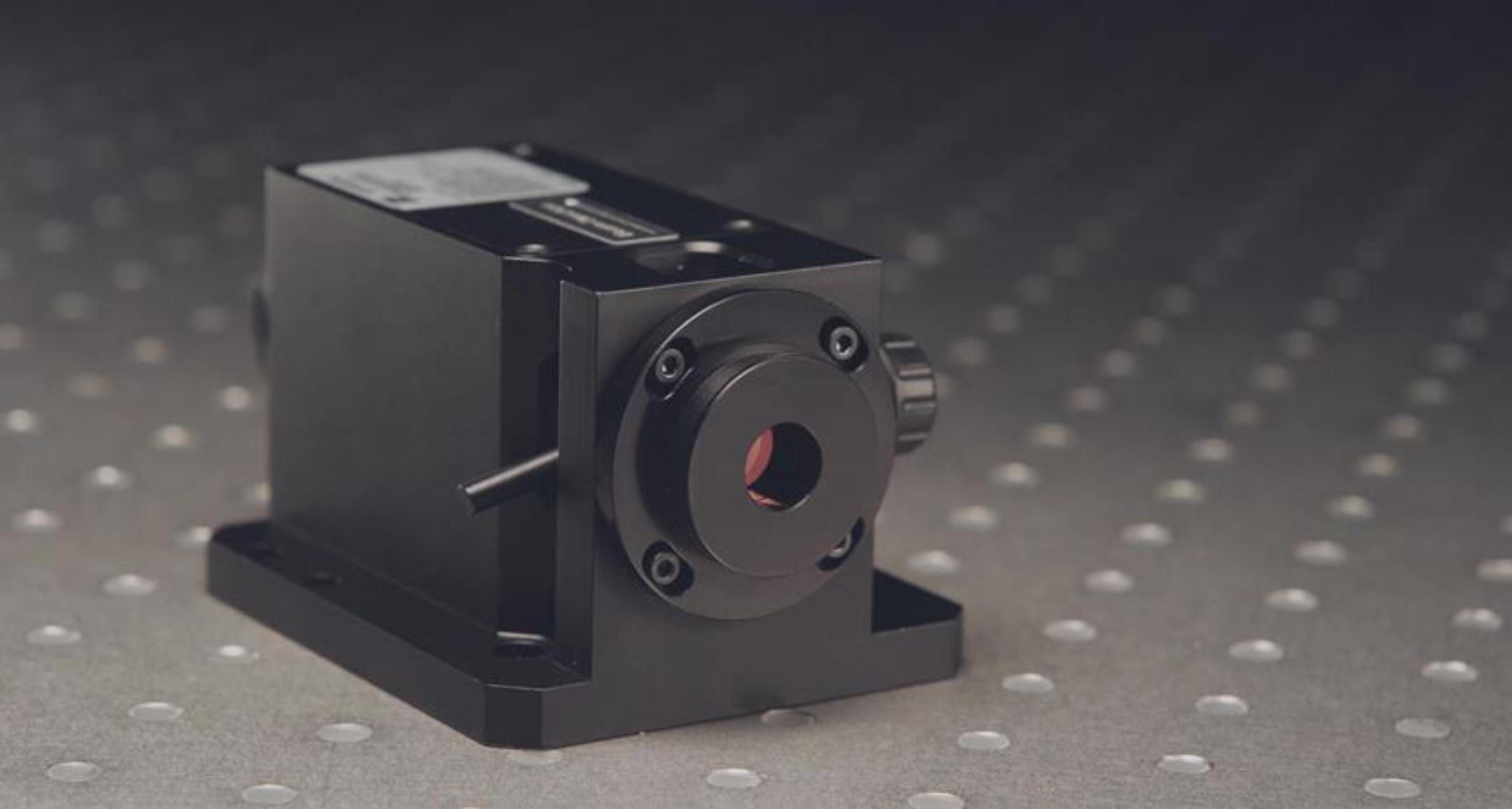 手動式レーザーパワーアッテネーター